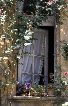 Tutte le dimensioni |Fenêtre à Sarlat | Flickr – Condivisione di foto!