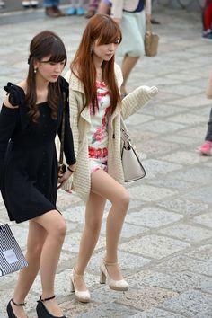 Xavier Rosales García's media content and analytics Beautiful Japanese Girl, Beautiful Legs, Beautiful Asian Girls, Pantyhose Outfits, In Pantyhose, Nylons, Cute Asian Girls, Hot Girls, Girl Fashion