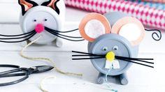 Kat en muis klossen - Cat and mouse bobbins Kijk op www.101woonideeen.nl #tutorial #howto #diy #101woonideeen #kat #muis #klossen #touw #cat #mouse #bobbins