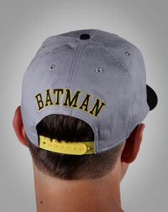 7906305dc90ed Batman Snap Back Flat bill Back. OMG OMG OMG OMG ITS BATMAN!