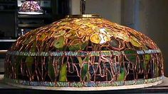 The making of Tiffany Lamps using manufacturing methodes of Tiffany-Studios New York
