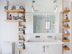 Bathroom: I love flouting shelves