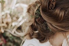 An earthy woodland wedding shoot with exquisite animal masks and a seasonal winter bouquet of seedheads and ferns Winter Wedding Hair, Winter Wedding Flowers, Wedding Planning Tips, Wedding Tips, Wedding Styles, Boho Wedding Dress Bohemian, Bohemian Weddings, Indian Weddings, Pine Cone Wedding