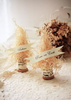 One of these on each place setting at your Christmas dinner table.  Cute!