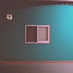 .@nohheungsu | #Korea #seoul#window#wall#green#pastel#bintage#fan#한국#서울#창문#파스텔 | Webstagram