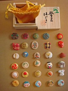 放生会(おはじき in 2020 Clay Art Projects, Clay Crafts, Arts And Crafts, Japanese Patterns, Japanese Design, Japanese Toys, Japanese Art, Christmas Cookies Gift, Japan Crafts