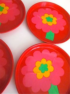 Lonborg Coasters in red and pink