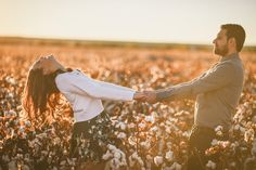 and Writer: Meet Laurice engagement photo ideas - Monica Lozano Photographyengagement photo ideas - Monica Lozano Photography Field Engagement Photos, Engagement Couple, Engagement Shoots, Country Engagement, Fall Engagement, Engagement Ideas, Couple Photography Poses, Engagement Photography, Friend Photography