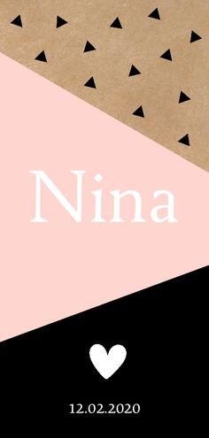 Modern geometrisch langwerpig geboortekaartje voor een meisje met driehoekjes en hartje, verkrijgbaar bij #kaartje2go voor €2,99