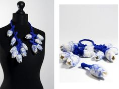 "CONTEXT Gallery - MORE THAN CLOGS AND TULIPS / MEER DAN KLOMPEN EN TULPEN - Necklace ""Tulip Mania"" - Charlotte Molenaar -Collar -: felted wool whith silk fibers -  500,00€"