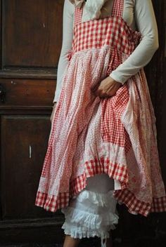 Adorable Gingham Pinafore Style Apron - Slips Over Your Head - No Ties! - Nice and Long - Large Pockets