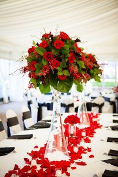 38 Pretty Wedding Flower Ideas - MODwedding