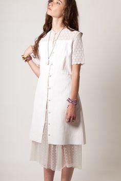 http://www.prior-k.com/vintage/319-1223-thickbox/robe-manteau-blanche-vintage-60-s.jpg