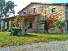 splendido questo casale Toscano nelle #CreteSenese
