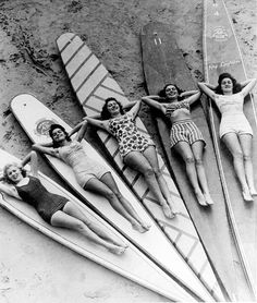 SURFIN` cruello: Surf sirens, Manly beach, New South Wales. 1936 via SURFIN` cruello: Surf sirens, Manly beach, New South Wales. 1936 via Surf Vintage, Vintage Surfing, Vintage Love, Retro Vintage, Vintage Black, Retro Surf, Vintage Girls, Vintage Style, Vintage Men