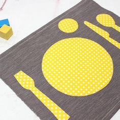 The Montessori placemat help the kids to properly arrange the utensils on the table.  The kitchen is a very educational living space for your children to evolve in. Heres a trick to ease the childs daily life as well as yours at the same time!  The toddler likes to participate to set the