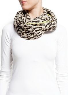 MANGO - ACCESSORIES - Foulards and Neck Scarves - Animal print foulard