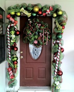 cute Christmas decor around the front door