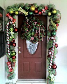 cute Christmas decor around the front door