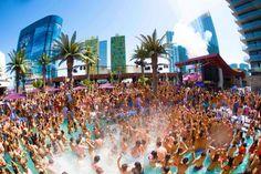 las vegas bachelorette party - pool party