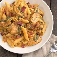 Chicken Bacon Pasta, Creamy Chicken, Penne Pasta, Pasta Salad, Parmesan Pasta, Italian Seasoning, How To Cook Pasta, Pasta Dishes, Potato Salad