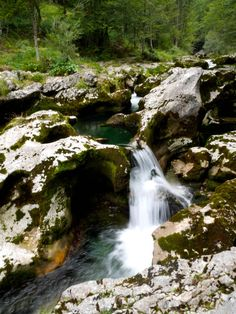 Mini waterfalls at Mostnica Gorge | The Ultimate guide to Bohinj, Slovenia | Laugh Travel Eat