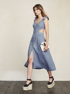 Gisela Dress in Laguna Africa Fashion, 90s Fashion, Fashion Outfits, Nice Dresses, Casual Dresses, Blouse Dress, Fancy, Business Fashion, Dream Dress