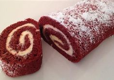 Red Velvet Roll by Baker's Club member Lori M. made with Duncan Hines Red Velvet cake mix and Creamy Home-style Cream Cheese frosting. Red Velvet Roll Recipe, Red Velvet Cake Roll, Red Velvet Recipes, Cake Roll Recipes, Dessert Recipes, Christmas Desserts, Christmas Baking, Food Cakes, Cupcake Cakes