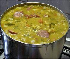 Hollandse Erwtensoep Winter Hunger: Dutch Pea Soup #Holland #Netherlands