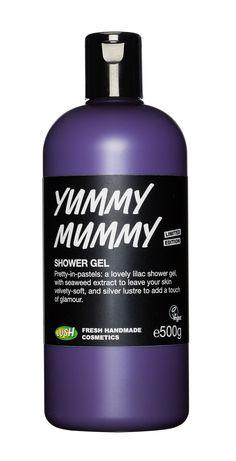 Fabelhaft in Flieder! Dieses vegan und lilafarbene Duschgel mit köstlich blumigem Duft sorgt mit Silberglitzer für einen Hauch Glamour.