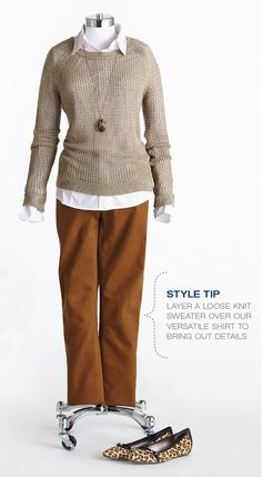 """Cleo Fall Style with Lynn Spence: Style Tip """"Layer loose knit sweater over white shirt to bring out the details. Personal Image, Personal Style, Work Outfits, Fall Outfits, Loose Knit Sweaters, Chilly Weather, Work Fashion, Work Wear, Autumn Fashion"""
