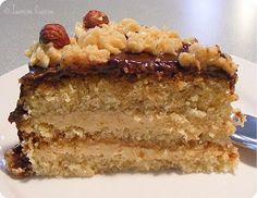 Filbert Cake with Praline Buttercream [recipe in French]