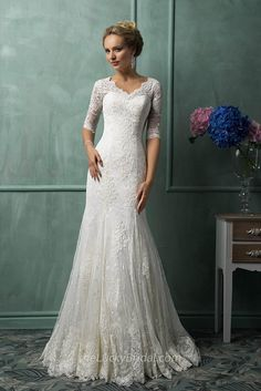Vintage V Neck Mermaid Lace Applique Short Sleeve Wedding Dress