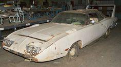 Super Bird Dodge Charger Daytona, Dodge Daytona, Junkyard Cars, Plymouth Superbird, Dodge Magnum, Car Barn, Rusty Cars, Dodge Chrysler, Best Muscle Cars