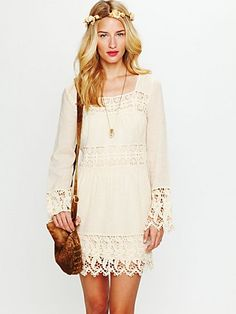 Ahhhhh! Free people s/s 2012. Please lord, keep me from buying every piece - especially this cream lace dress.