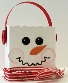 IDEA: Print snowman faces on white lunch sacks then use scallop punch on the top - SO SO CUTE