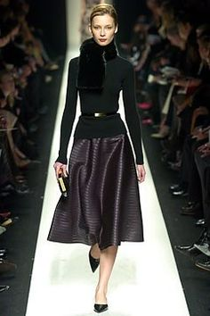 Céline Fall 2004 Ready-to-Wear Fashion Show - Tiiu Kuik