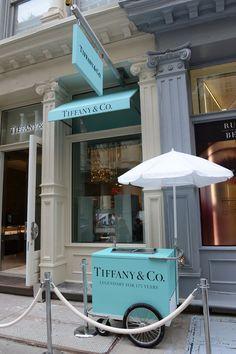 A general view of atmosphere at Tiffany & Co. Celebrates Fashion's Night Out at Tiffany & Co. Soho on September 2012 in New York City. (join NYC Photo Safari for a photo tour) Tiffany E Co, Azul Tiffany, Tiffany Jewelry, Tiffany Store, Tiffany Blue Box, Photo Wall Collage, Picture Wall, Soho, The Paradise Bbc