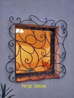 Reja de forja artística  http://www.artesanum.com/artesania-rejas_de_ventanas-64233.html