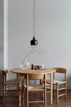 Stół, przy którym zaczyna się historia. #createyourspace #momastudio #createyourdining