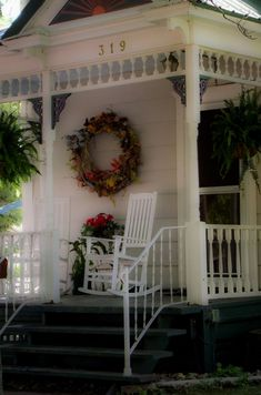 sweet little front porch                  ****