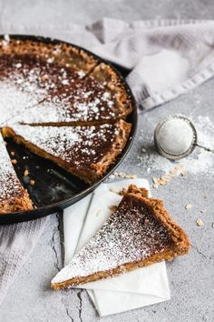 Crack Pie Rezept Christina Tosi | Madame Dessert Baking Recipes, Cake Recipes, Crack Pie, Christina Tosi, Sweet Recipes, Food And Drink, Low Carb, Snacks, Cooking