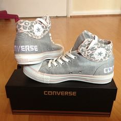Aaah! so cute!  Heather gray leopard print converse