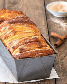 Start your morning with a piping hot cup of coffee and one or two slices of this easy cinnamon sugar pull-apart bread. It's so delicious - soft and fluffy on the inside, golden-brown and crunchy on the outside. Sweet Breakfast, Breakfast Dessert, Breakfast Recipes, Perfect Breakfast, Breakfast Ideas, Waffle Recipes, Baking Recipes, Bread Machine Recipes, Bread Recipes
