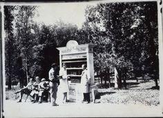 1931,una de las bibliotecas públicas, Parque del Oeste.