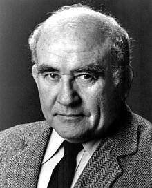 Ed Asner - 1985.jpg Asner was born in Kansas City, Missouri, His Russian-born parents, Lizzie (née Seliger, 1885–January 16, 1967[2]), a housewife; and David Morris Asner[3](1877–May 19, 1957[4]) ran a second-hand shop.[5] He was raised in an Orthodox Jewish family.[6][7] Asner attended Wyandotte High School in Kansas City, Kansas, and the University of Chicago in Chicago, Illinois.