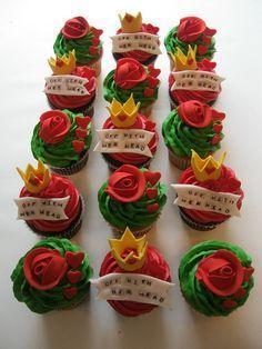 Disney Cupcakes-Alice in Wonderland- Queen of Hearts