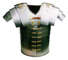 Las armaduras formaban parte de su indumentaria en la época romana, estas los protegían en batallas o enfrentamientos.