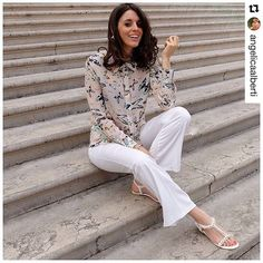 Amazing Angelica wearing Print Butterflies Silk Shirt  #AnaPiresMilano  Love it   Shop now on Sale at Amazon/Ana Pires Milano -40% off  Link in our bio❗️ #anapiresgirls #angelica #peach #instalove #instadaily #instafashion #fashion #gorgeous #blogger #style #loveit #kleidung #anapires #summer #butterflies #farfalle #fashionista #moda #sommerlooks #ootd #fashiongram #sale #pic