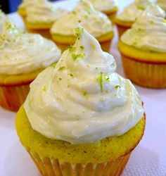 to counteract that pure barre - key lime cupcake recipe w/ cream cheese frosting Baking Cupcakes, Yummy Cupcakes, Cupcake Recipes, Cupcake Cakes, Dessert Recipes, Cupcake Ideas, Just Desserts, Delicious Desserts, Yummy Food